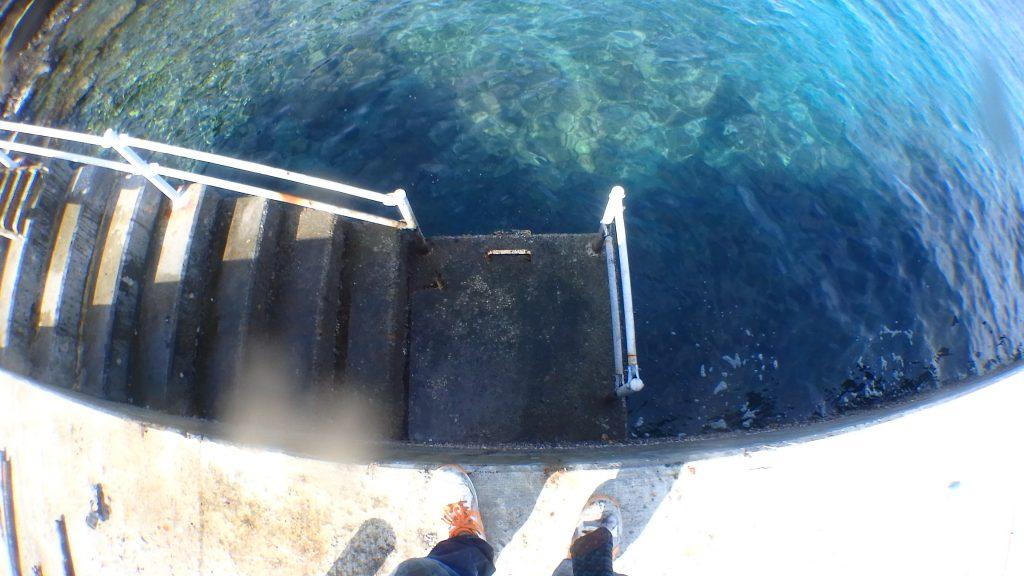 撤去後の完成写真では、はしごが完全に撤去された様子が記録されている