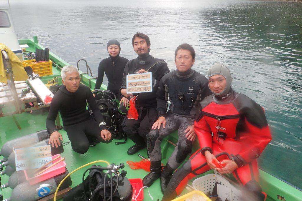 サンゴ保全活動。愛媛で活躍するダイビングインストラクターが沢山集まりました。