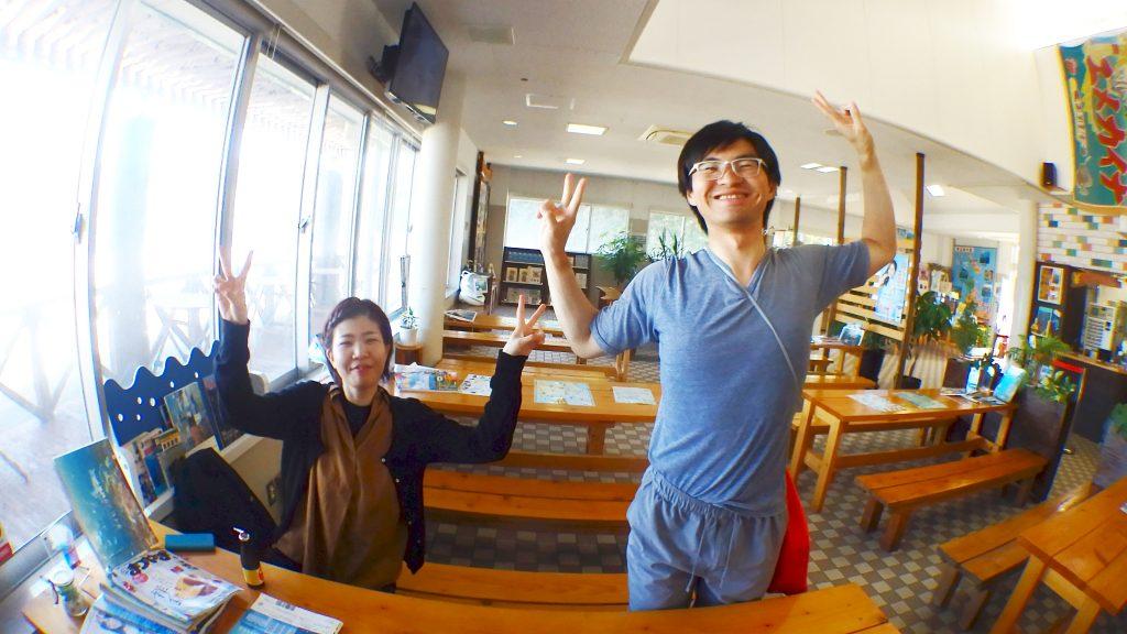 待合所へ帰って来て講習が終わったお二人はとても嬉しそう。二人そろってオープンウォーターライセンスを取得されました。